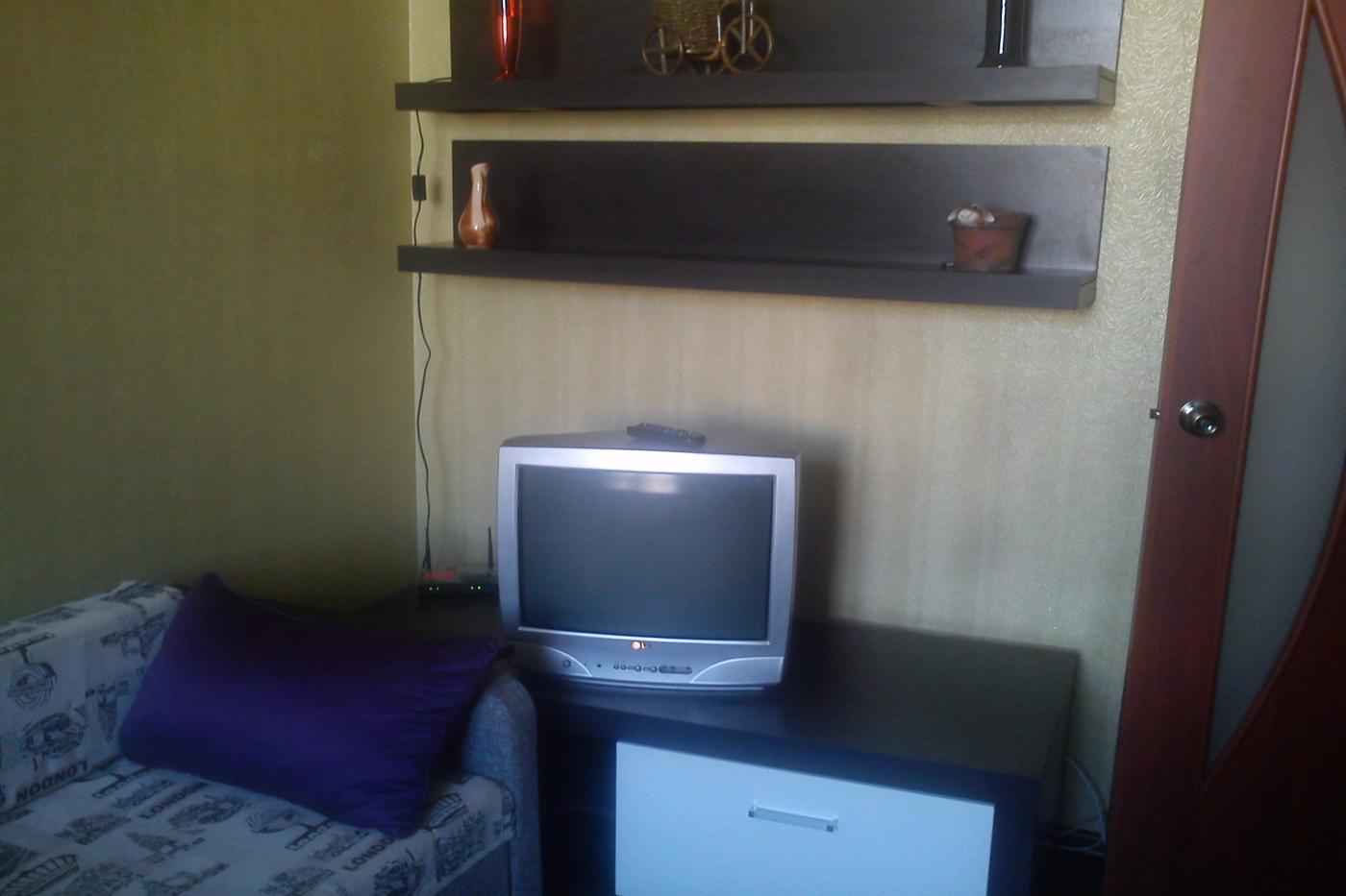 1-комнатная квартира посуточно (вариант № 2448), ул. Революции проспект, фото № 7