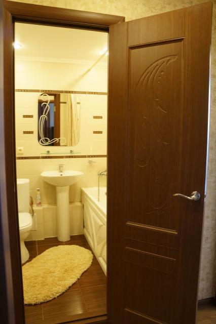 1-комнатная квартира посуточно (вариант № 584), ул. Победы проспект, фото № 3