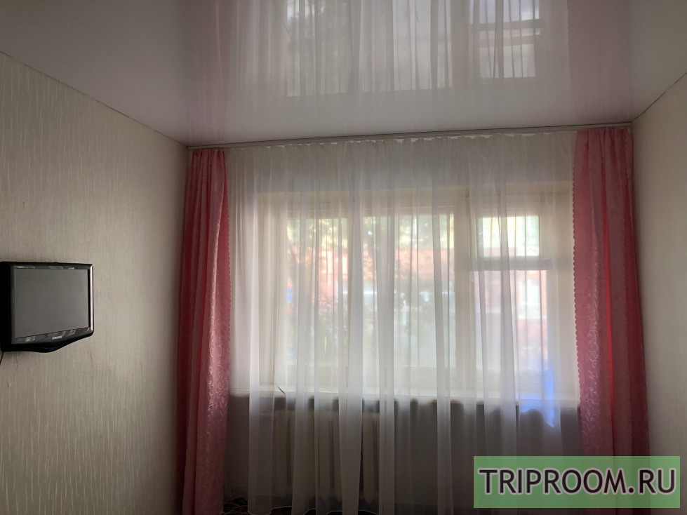 1-комнатная квартира посуточно (вариант № 70555), ул. Белоглинская, фото № 3