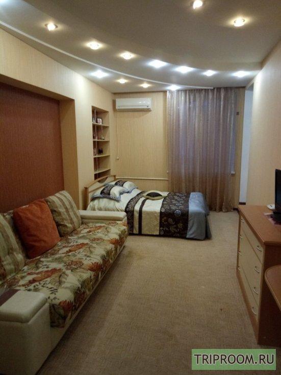1-комнатная квартира посуточно (вариант № 65564), ул. Космонавтов, фото № 1