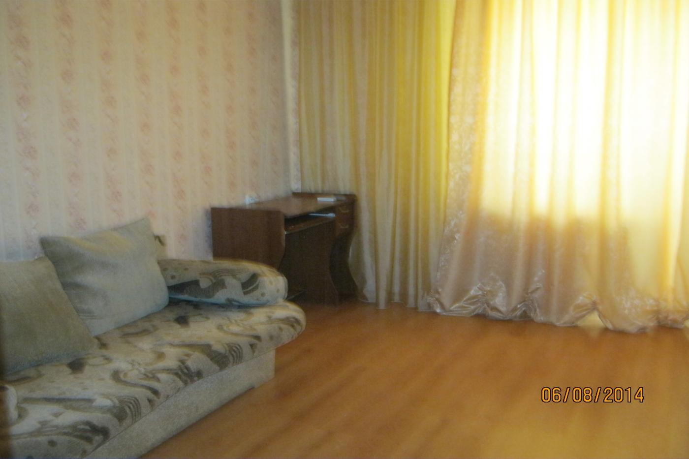 2-комнатная квартира посуточно (вариант № 1893), ул. Античный проспект, фото № 1
