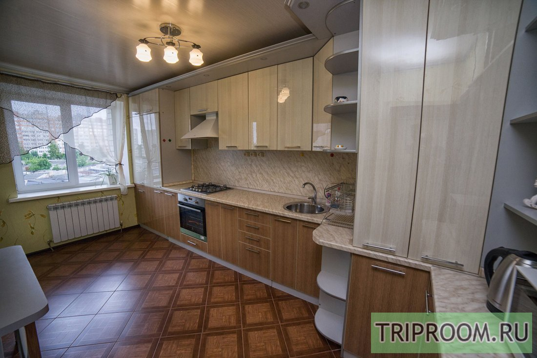 2-комнатная квартира посуточно (вариант № 37578), ул. Академика Петрова улица, фото № 3