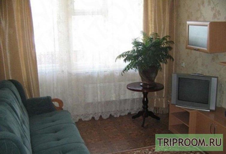 2-комнатная квартира посуточно (вариант № 47548), ул. Воронова улица, фото № 1