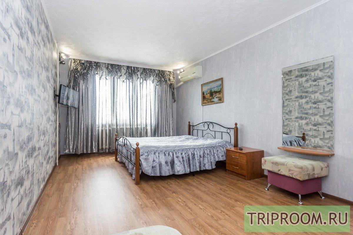 2-комнатная квартира посуточно (вариант № 30585), ул. 40 лет победы улица, фото № 1