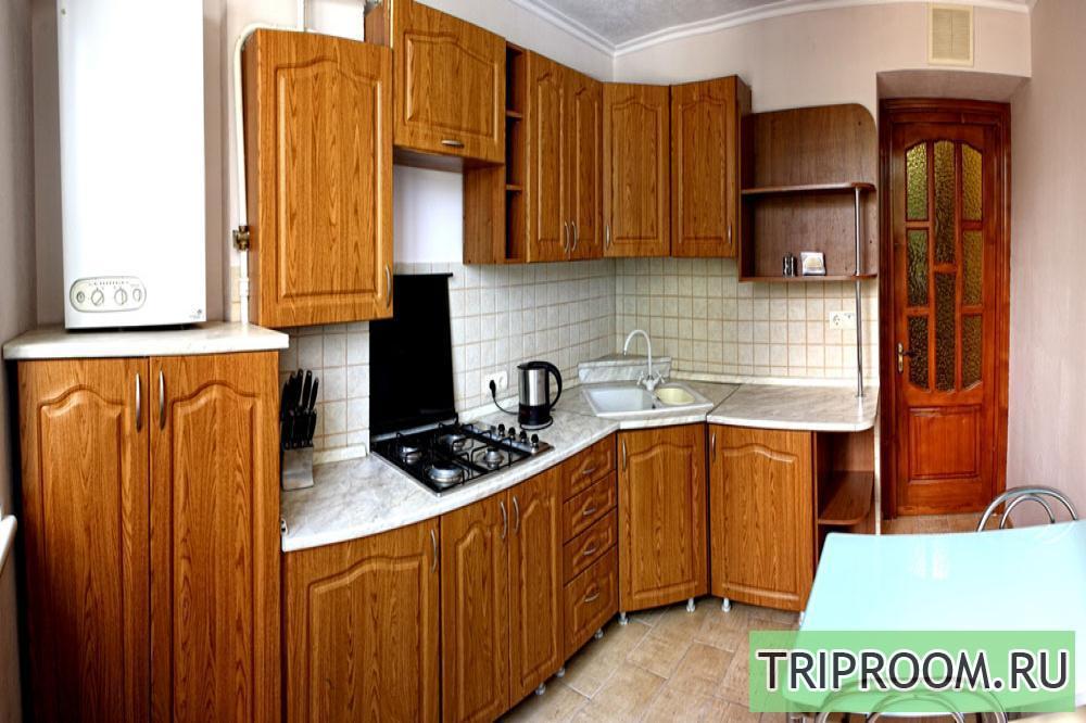 1-комнатная квартира посуточно (вариант № 1610), ул. Октябрьской Революции проспект, фото № 1