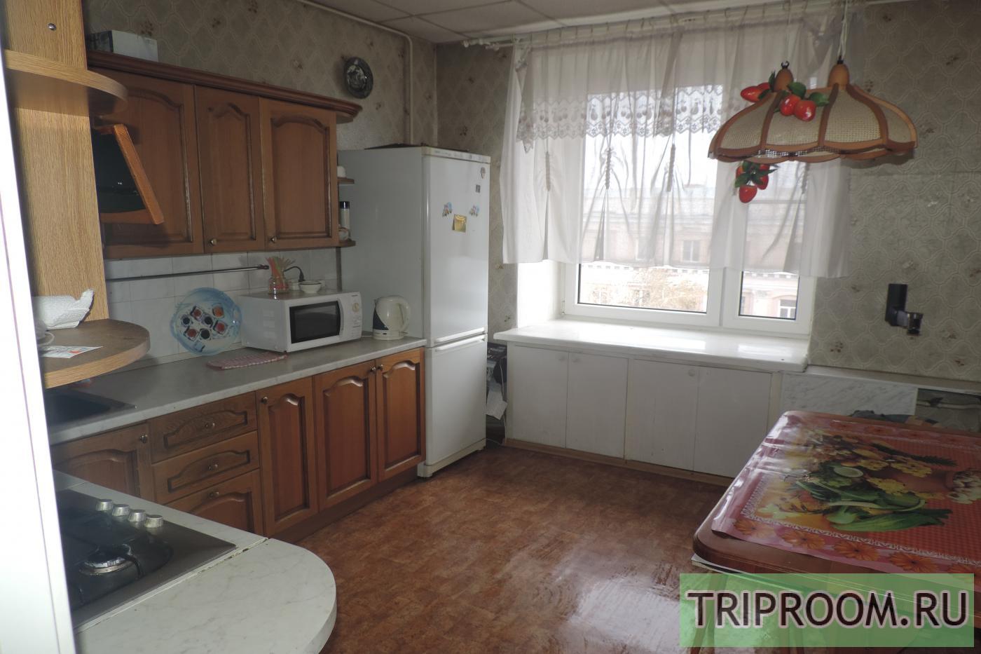 2-комнатная квартира посуточно (вариант № 11543), ул. Цвиллинга улица, фото № 5