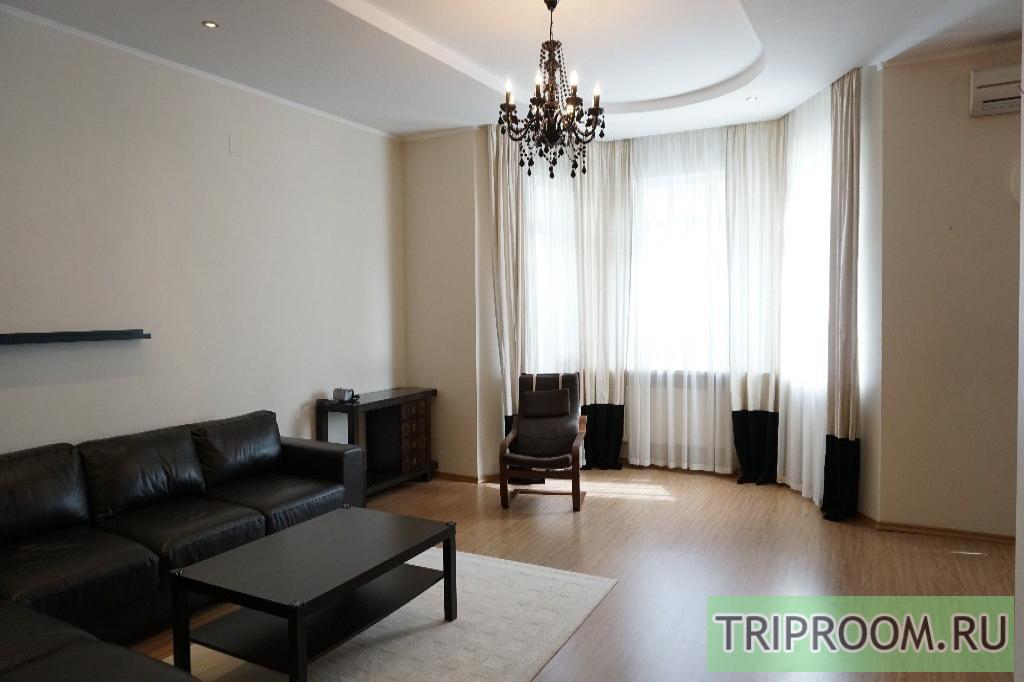 2-комнатная квартира посуточно (вариант № 32588), ул. Семьи Шамшиных улица, фото № 9