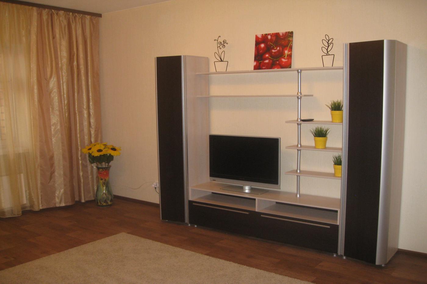 3-комнатная квартира посуточно (вариант № 917), ул. Адоратского улица, фото № 6
