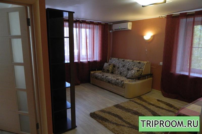 1-комнатная квартира посуточно (вариант № 2098), ул. Кольцовская улица, фото № 1