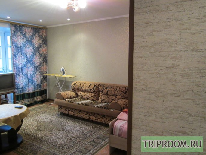 1-комнатная квартира посуточно (вариант № 53364), ул. Смирнова улица, фото № 1