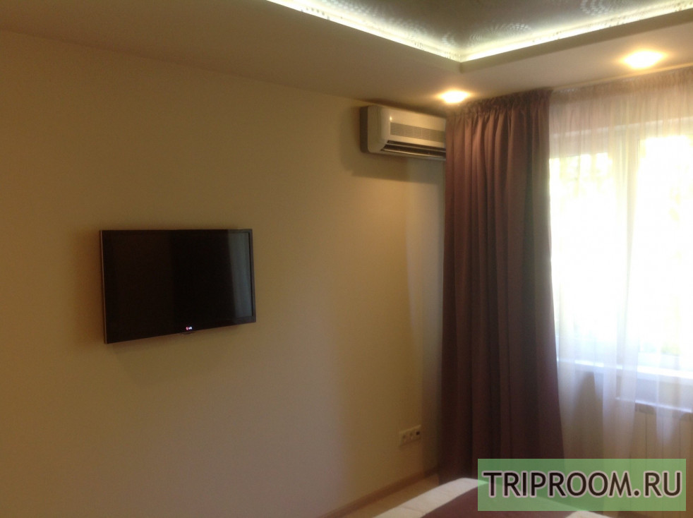 2-комнатная квартира посуточно (вариант № 67725), ул. Роз, фото № 1