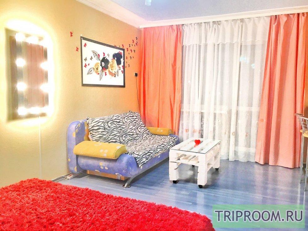 1-комнатная квартира посуточно (вариант № 32990), ул. Петропавловская улица, фото № 2