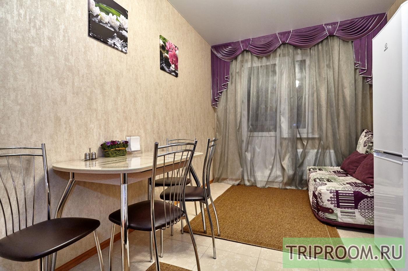 1-комнатная квартира посуточно (вариант № 6860), ул. Соколова улица, фото № 7