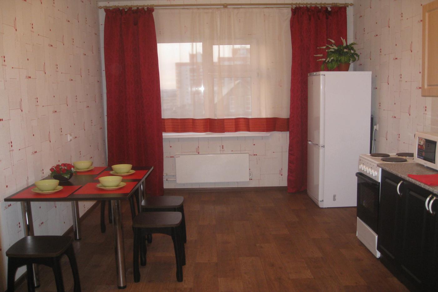 3-комнатная квартира посуточно (вариант № 917), ул. Адоратского улица, фото № 3