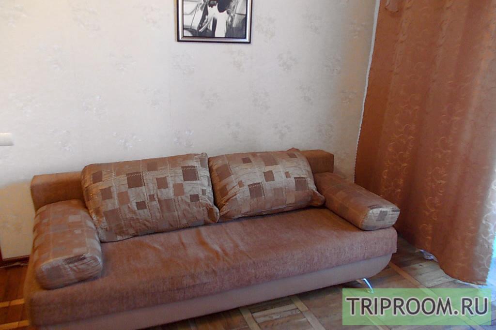 1-комнатная квартира посуточно (вариант № 3871), ул. Кардашова улица, фото № 8
