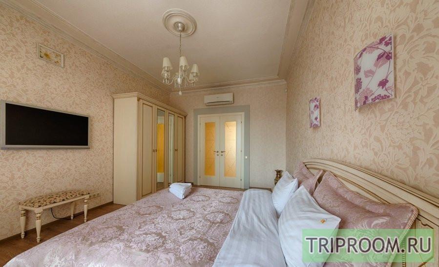3-комнатная квартира посуточно (вариант № 69919), ул. Невский проспект, фото № 8