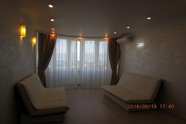 1-комнатная квартира посуточно (вариант № 1048), ул. Героев Бреста улица, фото № 1