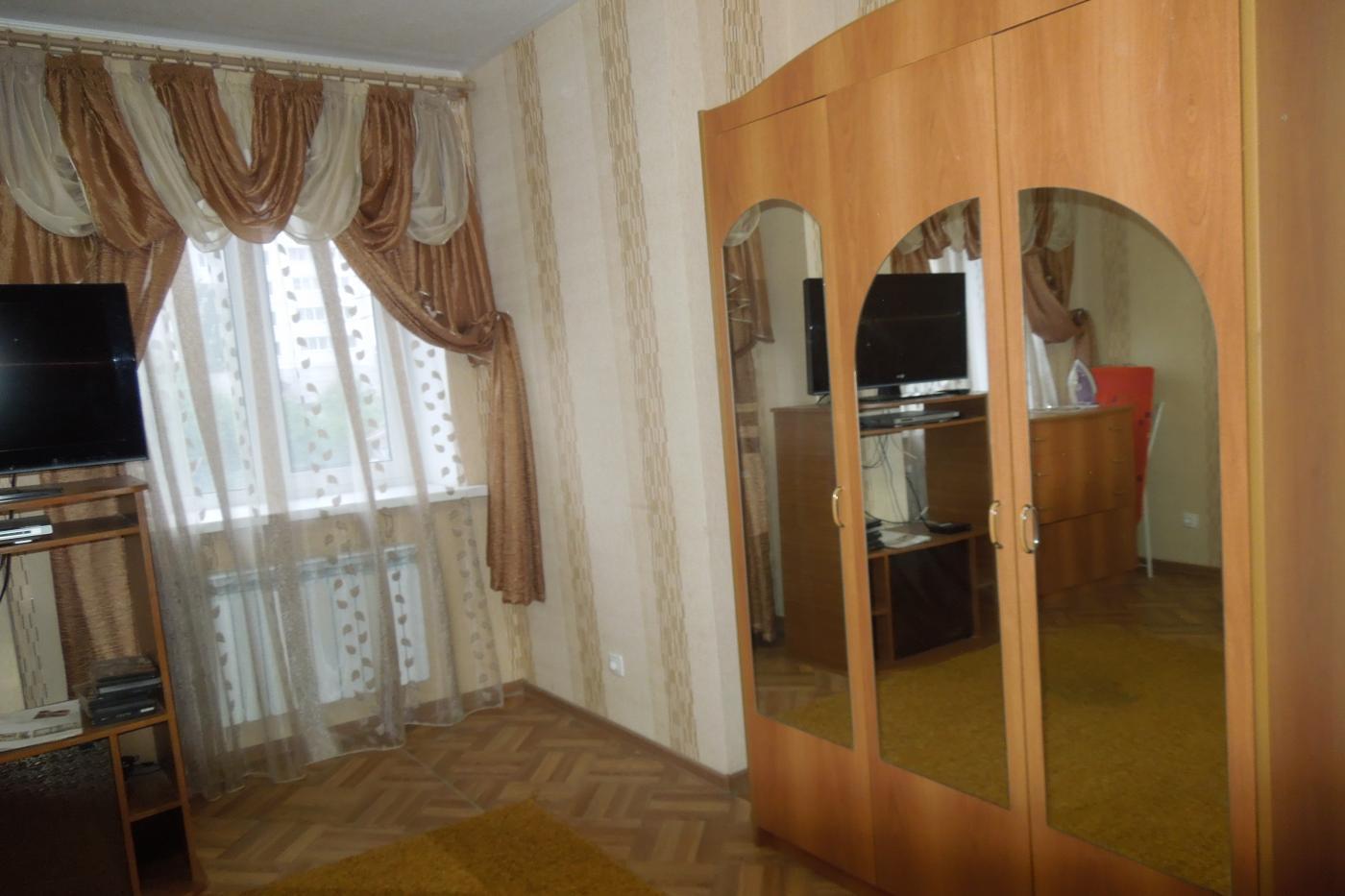 1-комнатная квартира посуточно (вариант № 1933), ул. Краснознаменная улица, фото № 2