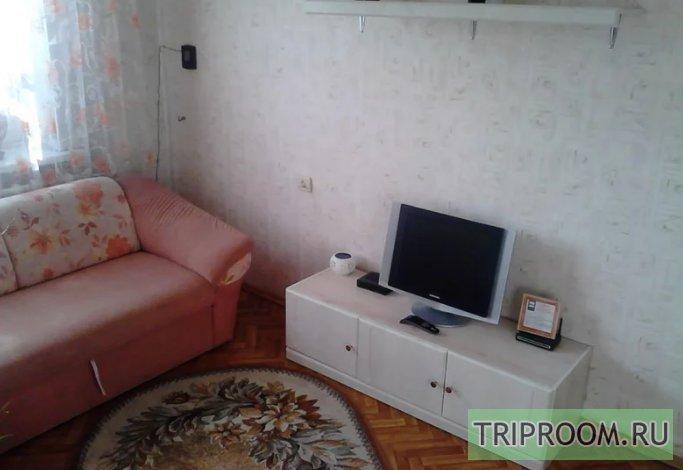2-комнатная квартира посуточно (вариант № 45121), ул. Островского улица, фото № 1