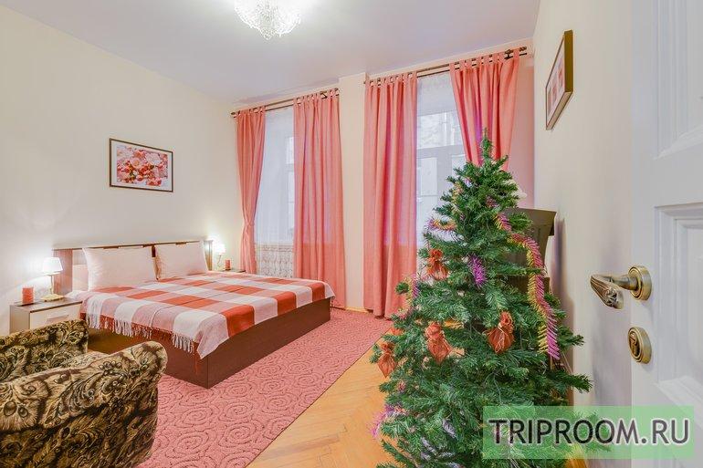 2-комнатная квартира посуточно (вариант № 44246), ул. Яблочкова улица, фото № 7
