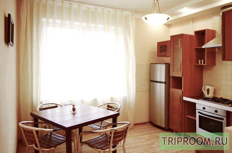 3-комнатная квартира посуточно (вариант № 48450), ул. Двинская улица, фото № 1