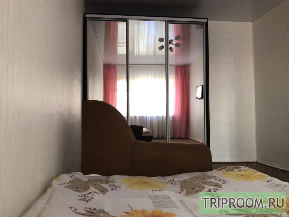 1-комнатная квартира посуточно (вариант № 70555), ул. Белоглинская, фото № 1