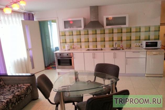 2-комнатная квартира посуточно (вариант № 7583), ул. 100-летия Владивостока проспект, фото № 5