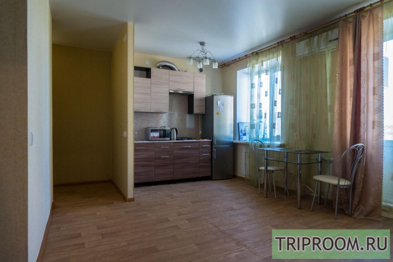 2-комнатная квартира посуточно (вариант № 16577), ул. Комсомольский улица, фото № 1
