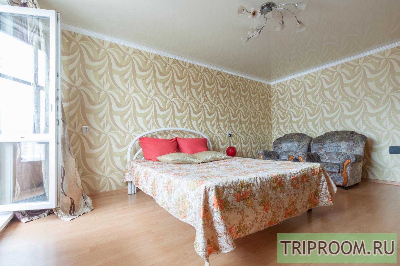 Комната в 2х-комнатной квартире посуточно (вариант № 12523), ул. Уральская улица, фото № 4