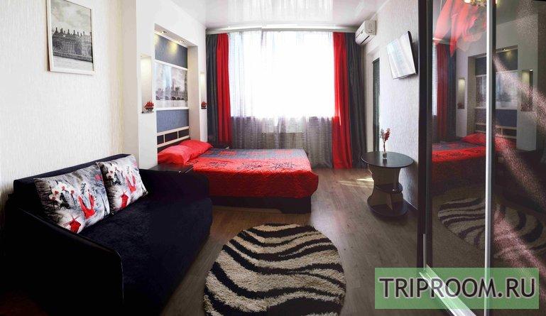 1-комнатная квартира посуточно (вариант № 4379), ул. Античный Проспект, фото № 2