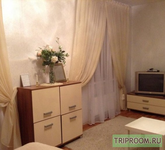 1-комнатная квартира посуточно (вариант № 46142), ул. Фурманова улица, фото № 1