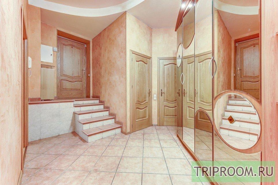 4-комнатная квартира посуточно (вариант № 55589), ул. Невский проспект, фото № 23