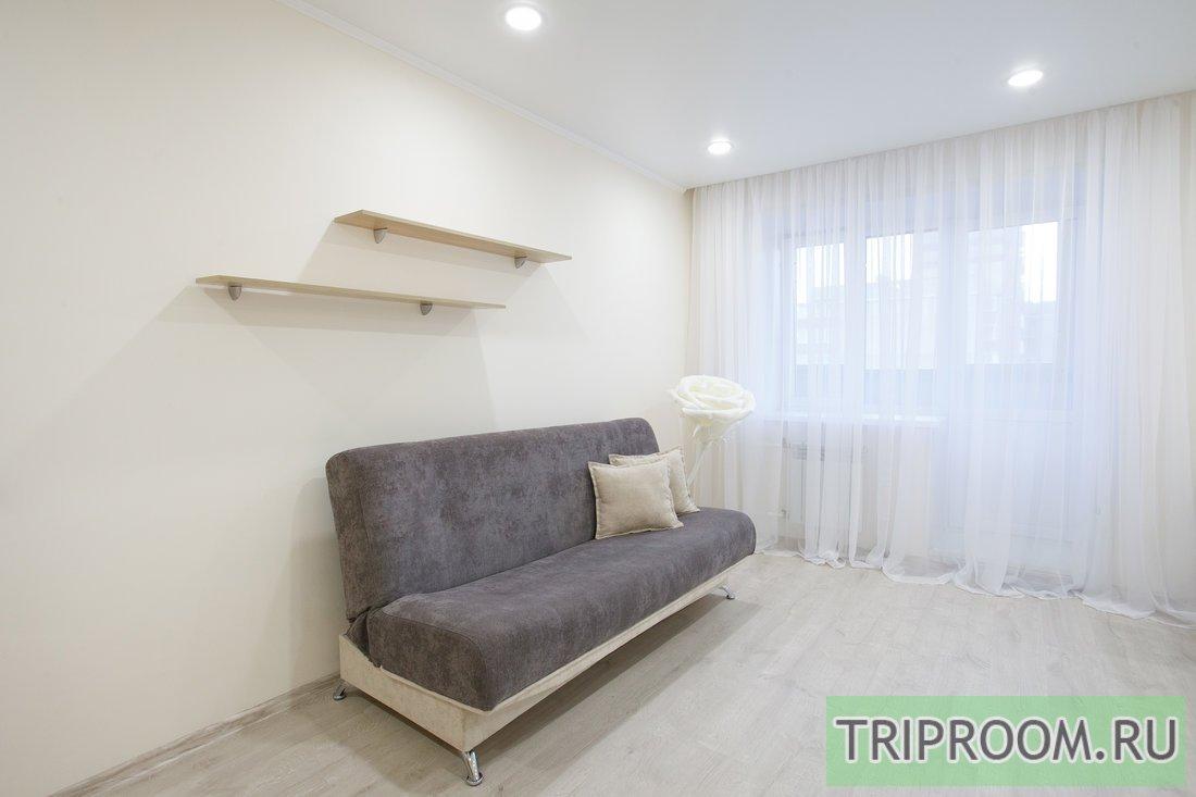 2-комнатная квартира посуточно (вариант № 59400), ул. Академика Киренского улица, фото № 9