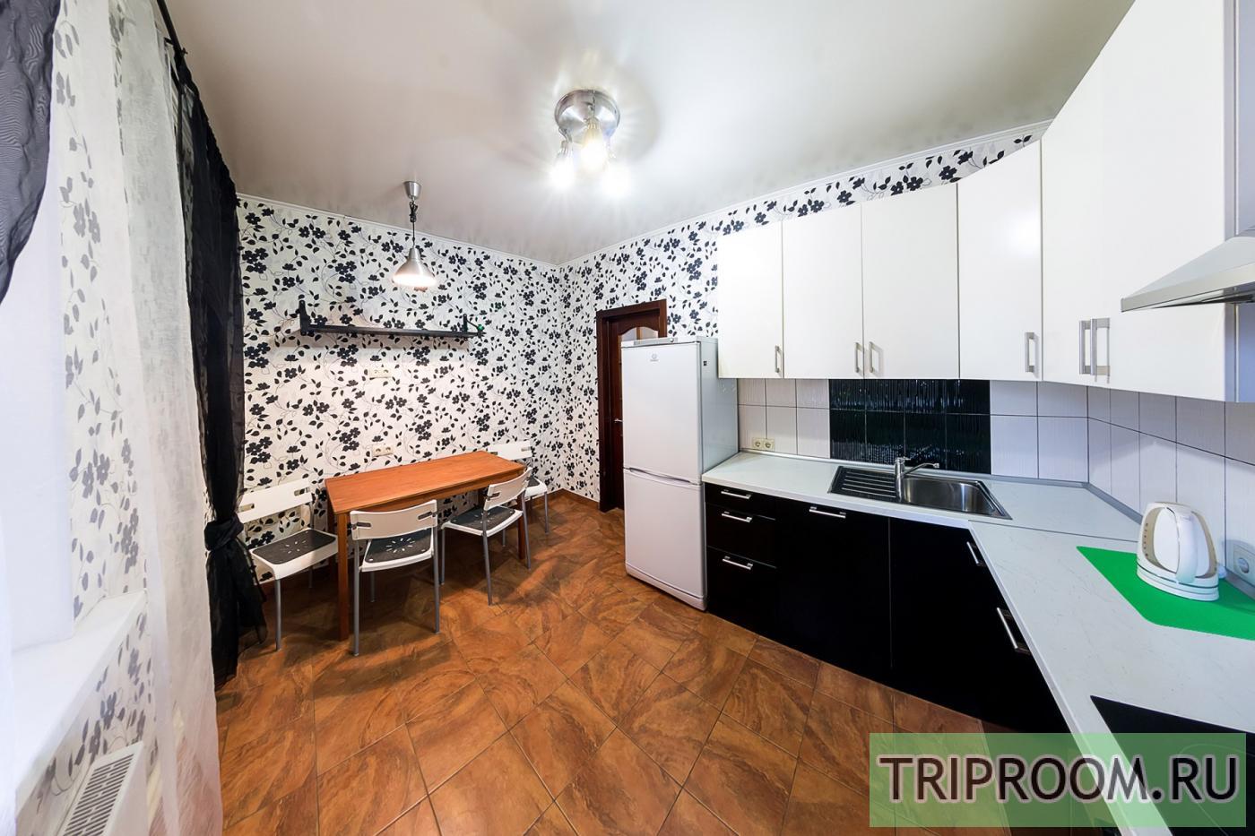 1-комнатная квартира посуточно (вариант № 33969), ул. Серафимовича улица, фото № 1