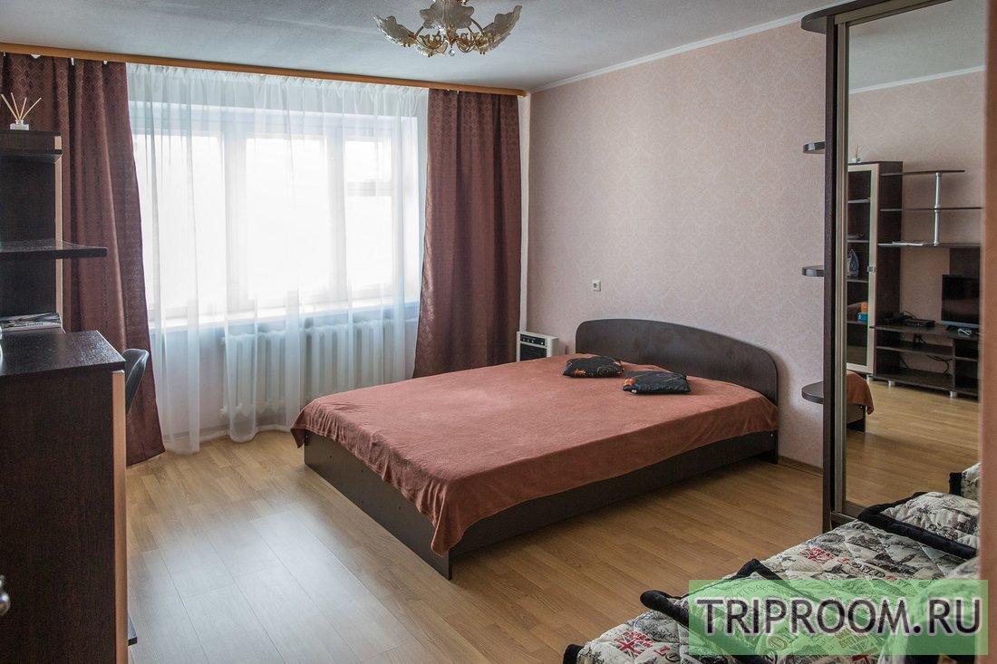 1-комнатная квартира посуточно (вариант № 63444), ул. Романа Брянского, фото № 1