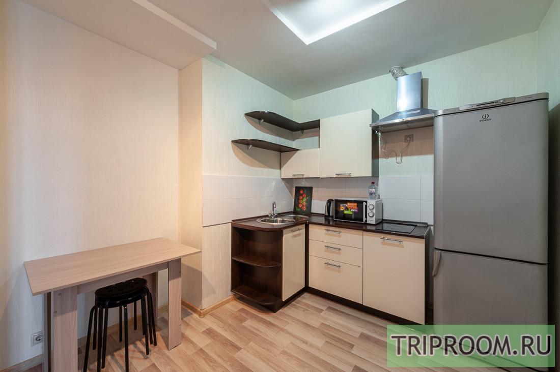 2-комнатная квартира посуточно (вариант № 67499), ул. Бажова улица, фото № 11