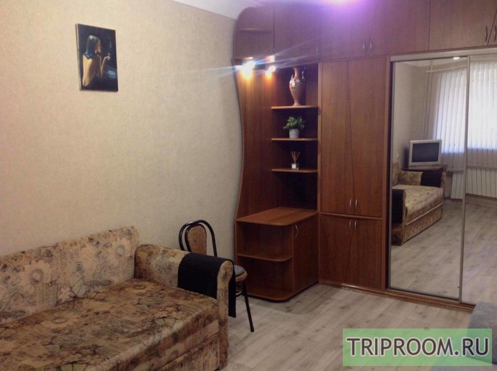 1-комнатная квартира посуточно (вариант № 644), ул. Меньшикова улица, фото № 1