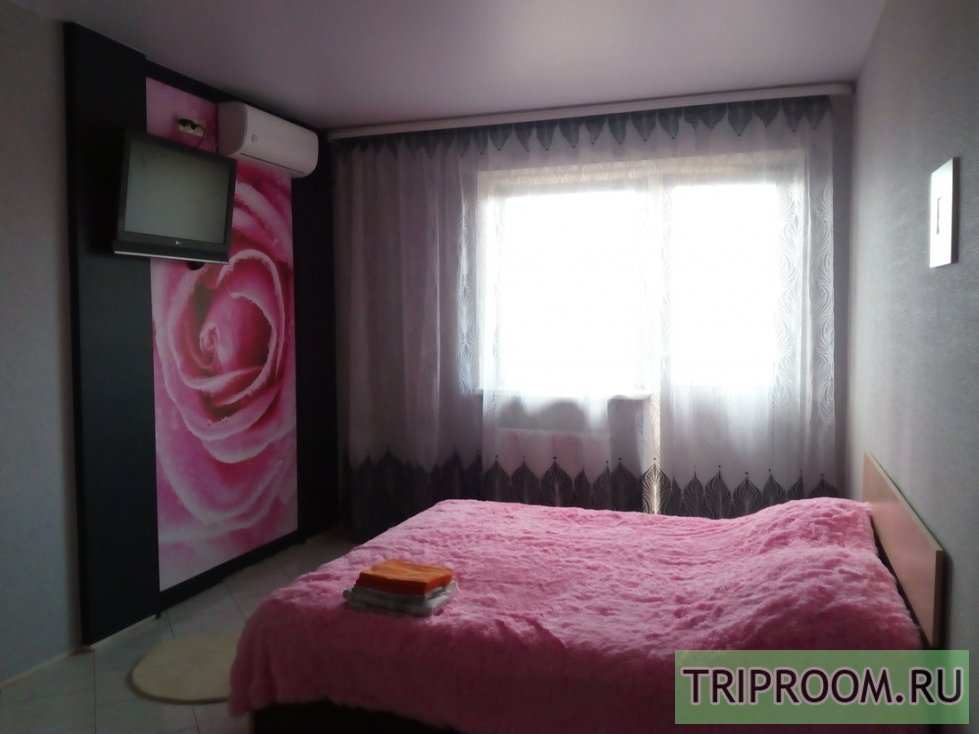 1-комнатная квартира посуточно (вариант № 38577), ул. Российская, фото № 1