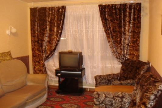 2-комнатная квартира посуточно (вариант № 3313), ул. Книповича улица, фото № 3
