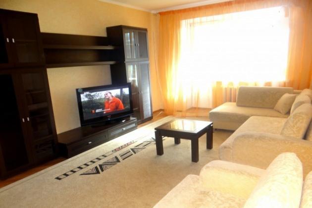 2-комнатная квартира посуточно (вариант № 3506), ул. Володарского улица, фото № 2