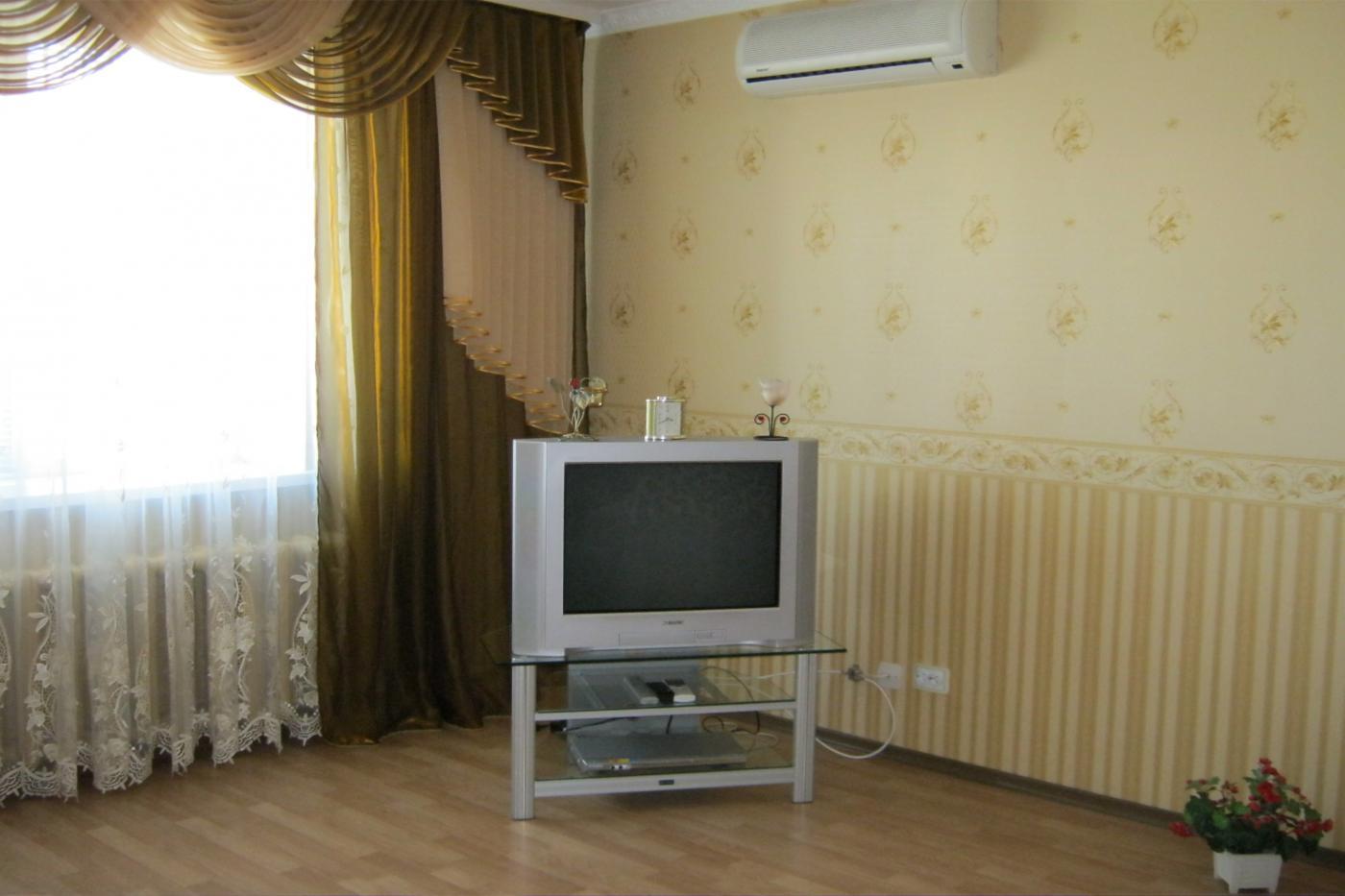3-комнатная квартира посуточно (вариант № 1546), ул. Героев Сталинграда проспект, фото № 6