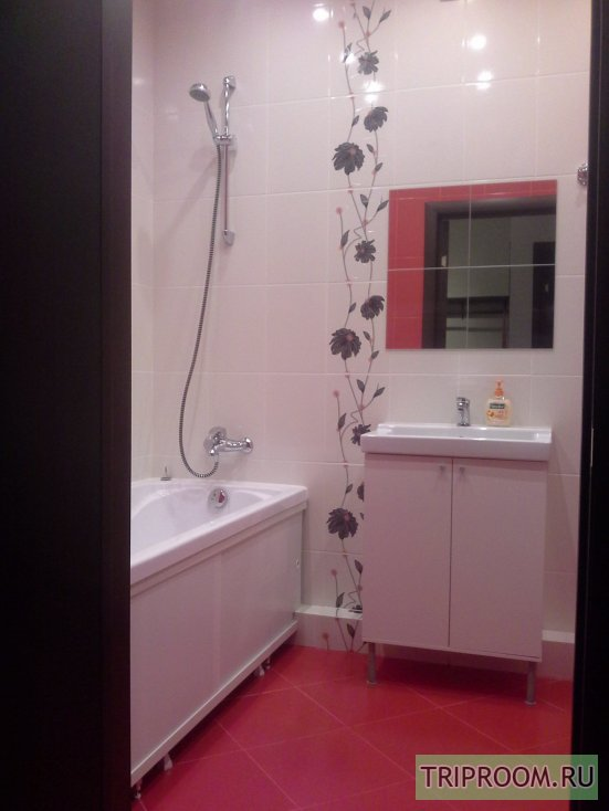 1-комнатная квартира посуточно (вариант № 43660), ул. Родионова улица, фото № 3