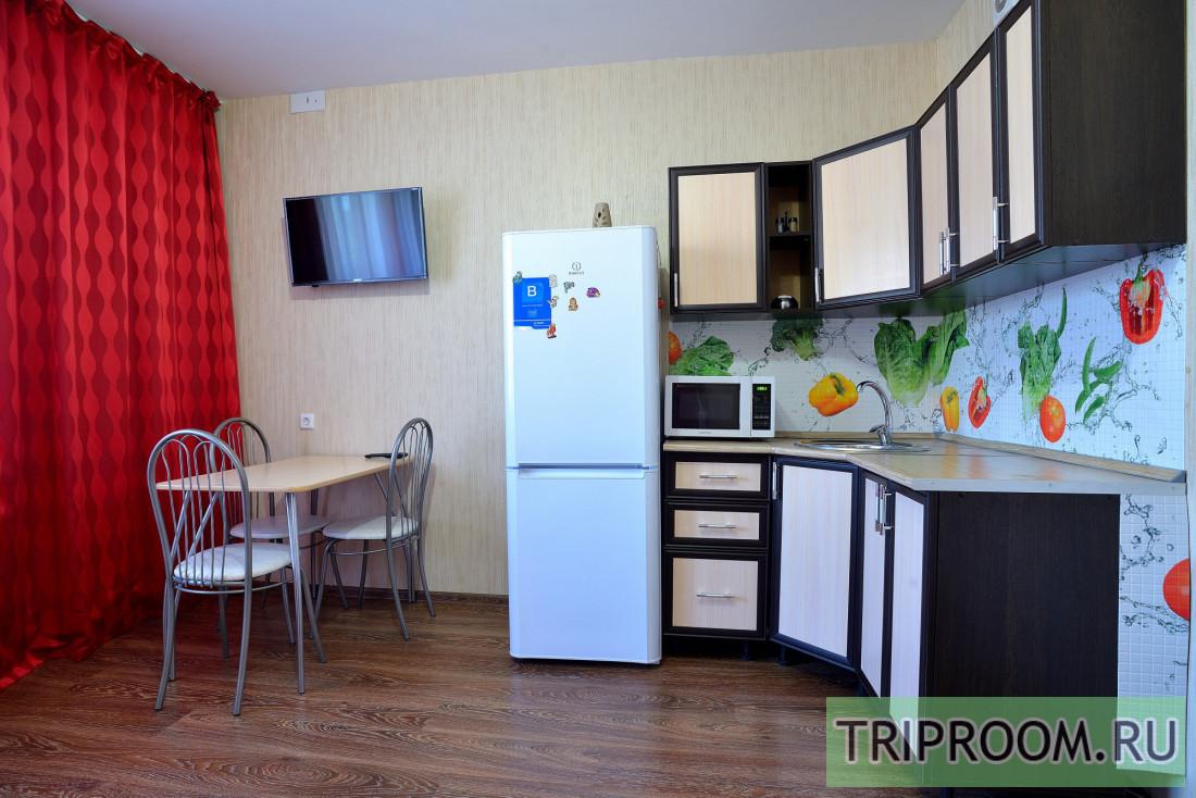 1-комнатная квартира посуточно (вариант № 38803), ул. Братьев Кашириных улица, фото № 2