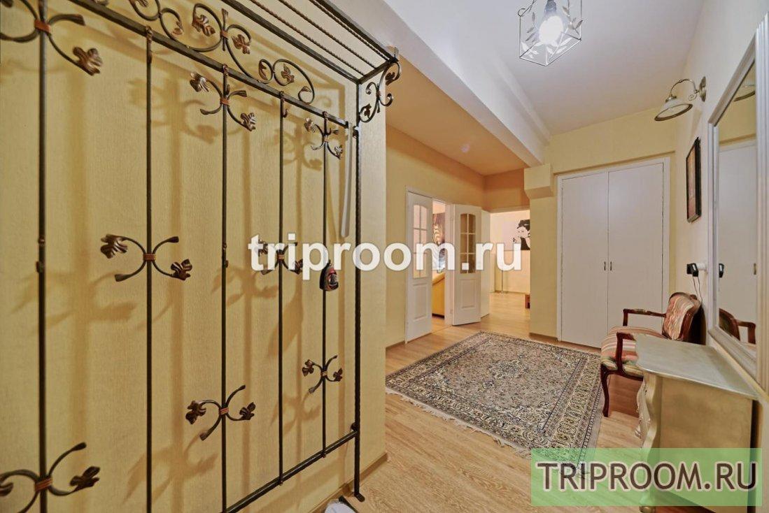 2-комнатная квартира посуточно (вариант № 63527), ул. Большая Конюшенная улица, фото № 38