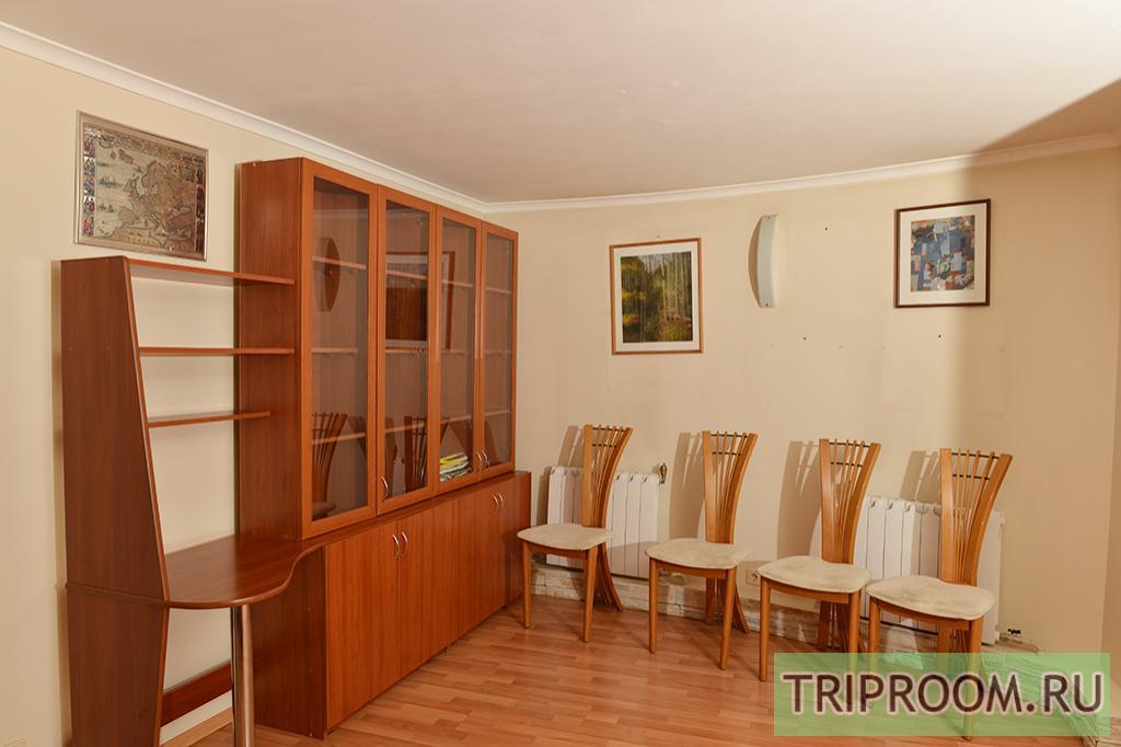 3-комнатная квартира посуточно (вариант № 11570), ул. Петропавловская улица, фото № 3