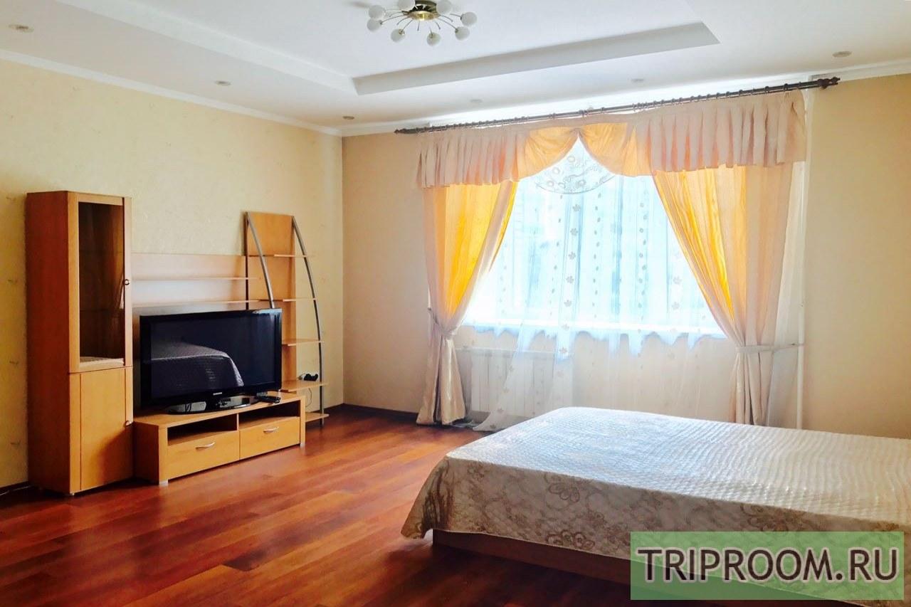 1-комнатная квартира посуточно (вариант № 31894), ул. Батурина улица, фото № 1