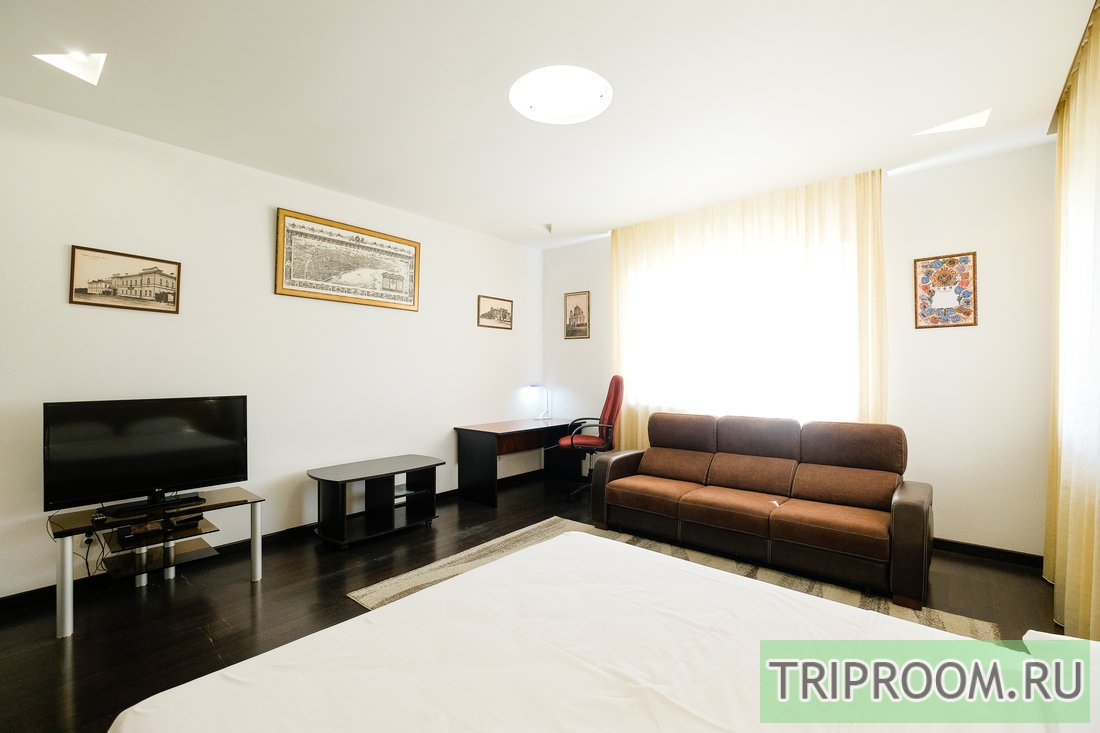 2-комнатная квартира посуточно (вариант № 55053), ул. Белинского улица, фото № 2
