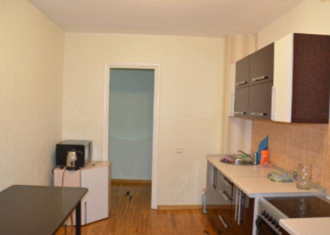 2-комнатная квартира посуточно (вариант № 204), ул. Дзержинского улица, фото № 1