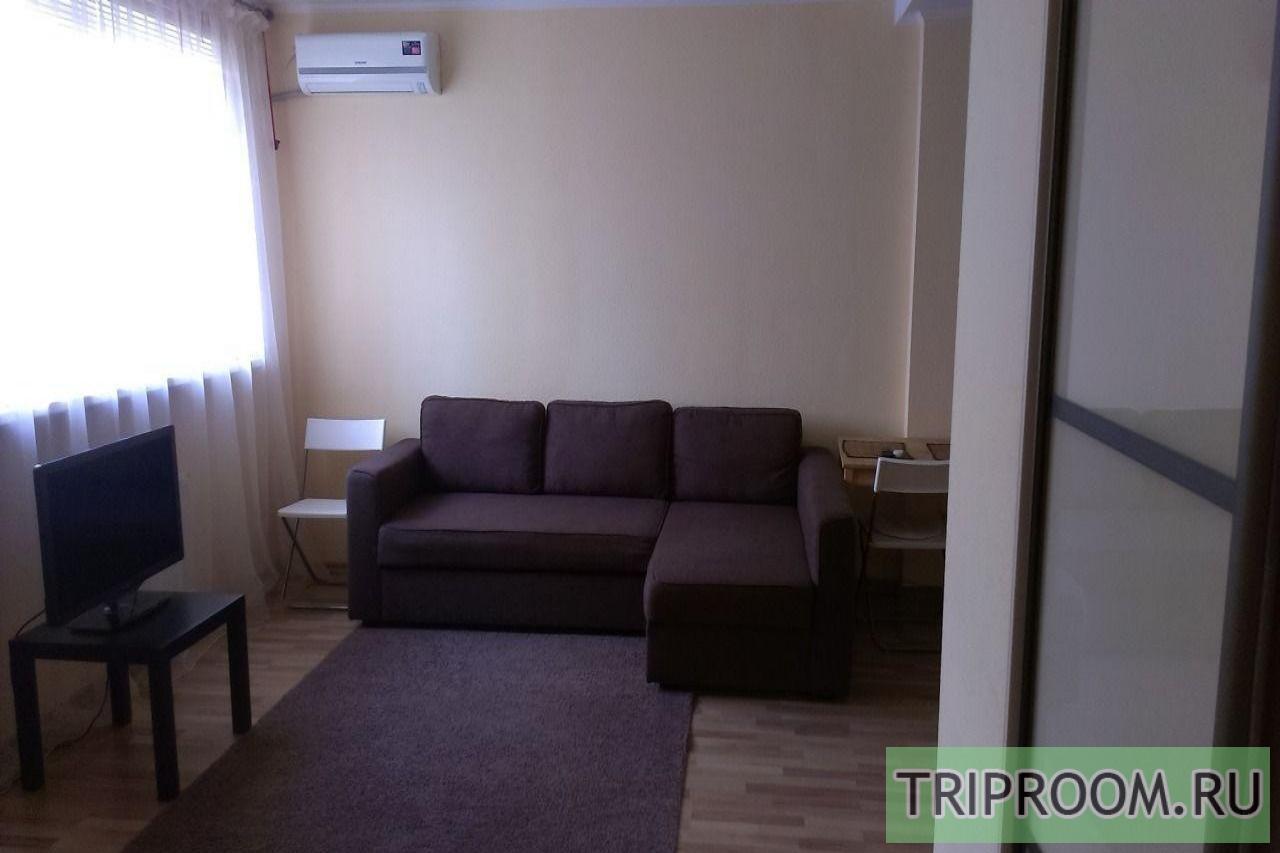 1-комнатная квартира посуточно (вариант № 28633), ул. Большая Садовая улица, фото № 1