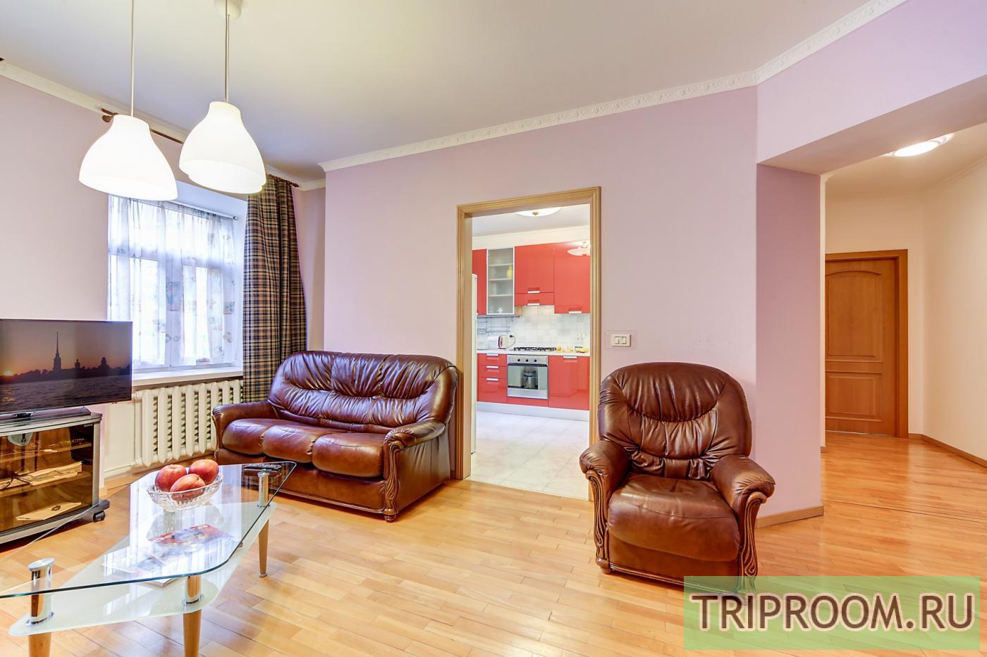 2-комнатная квартира посуточно (вариант № 20143), ул. Невский проспект, фото № 3